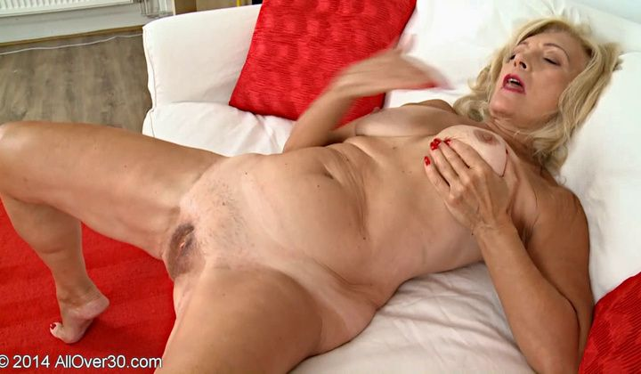 Hungarian Granny Szuzanne Solo Vintage Amateur Part One